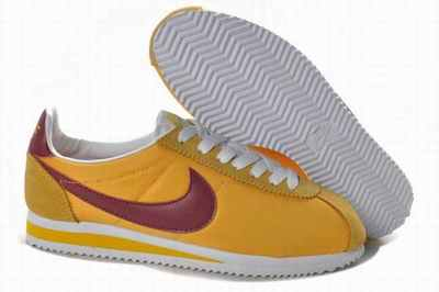 7ce7813327241 chaussure nike a 40 euros,chaussures running en solde,nike sweet classic  homme rose